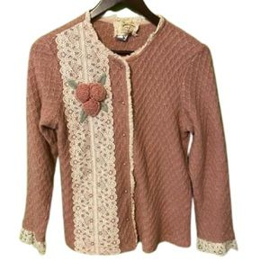 Vintage cardigan with lace trim and crochet flower